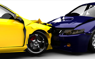 personal injury lawyer for car crashes